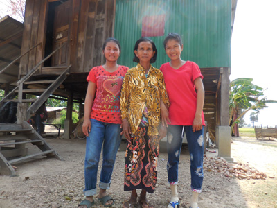 Bunthon with her sister and mother
