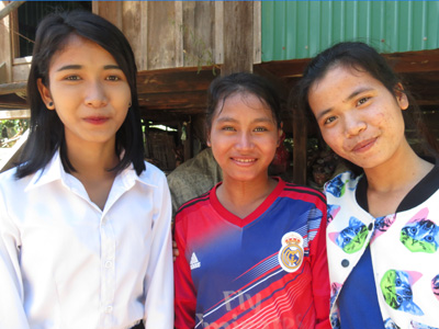 Bunthon, her sister and Chann Sokny